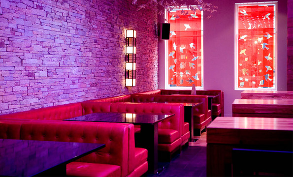 Delmonica 39 s merchant city glasgow bar reviews for Designer room glasgow