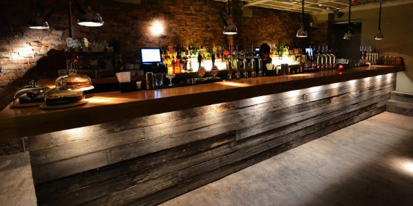 Terrace nq review northern quarter bar manchester for Terrace bar and food