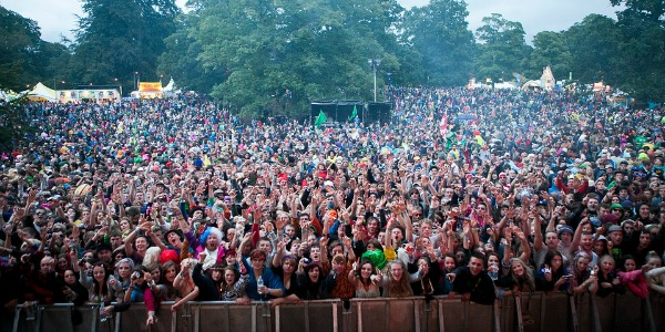 Kendal Calling crowd