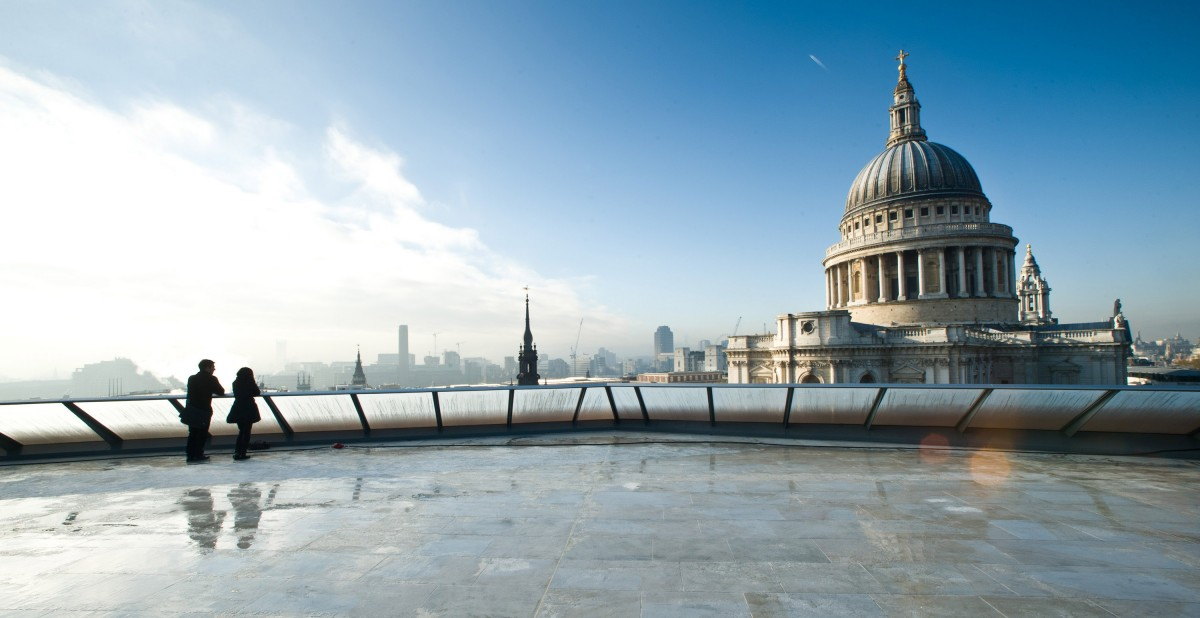 On The Roof St Pauls London Cinema Reviews Designmynight
