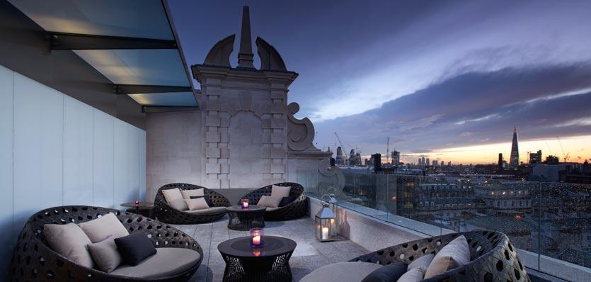 Radio rooftop bar covent garden london for Best boutique hotels london