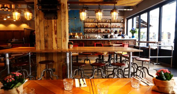 gas street social mailbox cocktail bar review