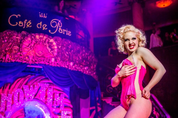 Cafe De Paris  Sins
