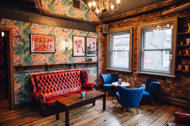 Trof northern quarter manchester bar reviews designmynight for Terrace northern quarter