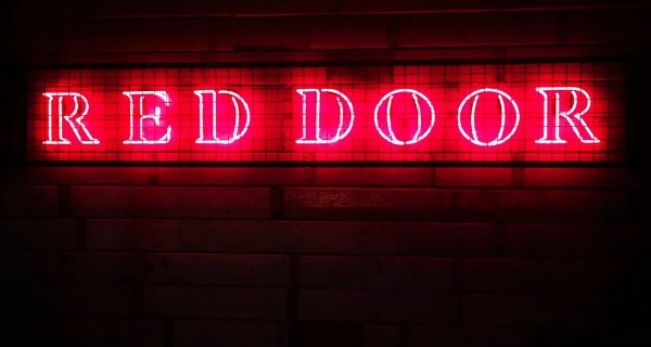 red door manchester review drinks