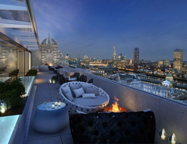 Radio Rooftop Bar At Me London New Aldwych Cocktail Bar