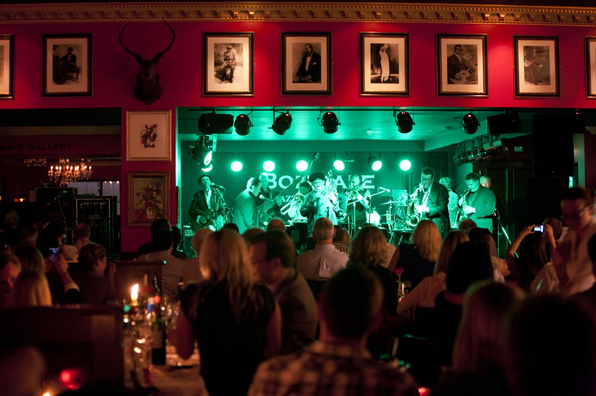 Tiny's Restaurant & Lounge - 20 Photos & 39 Reviews - Bars ...