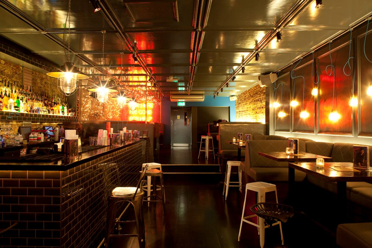 Adventure Bar Clapham High Street | London Bar Reviews ...