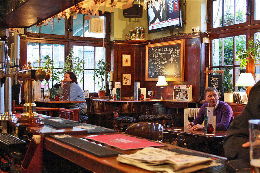 Flanagans Battersea London Pub Reviews Designmynight