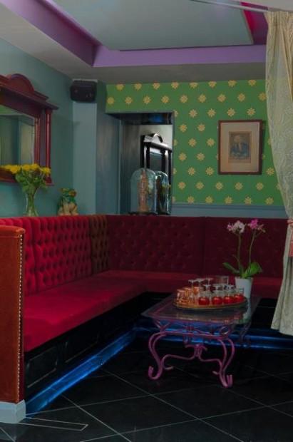 la maison des artistes south kensington london bar. Black Bedroom Furniture Sets. Home Design Ideas