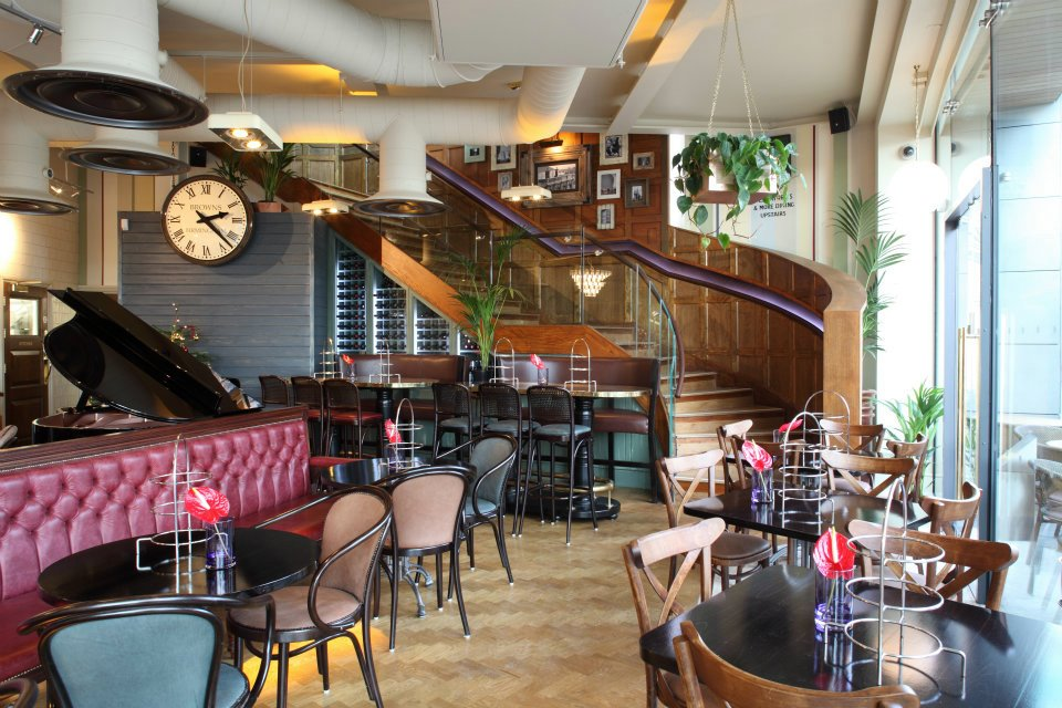 Ups Box Cost >> Browns City Centre | Birmingham Bar Reviews | DesignMyNight