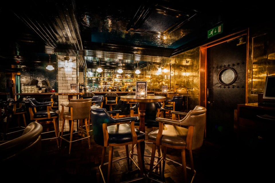 Secret bars in london hidden london bars designmynight for Hire someone to decorate my house