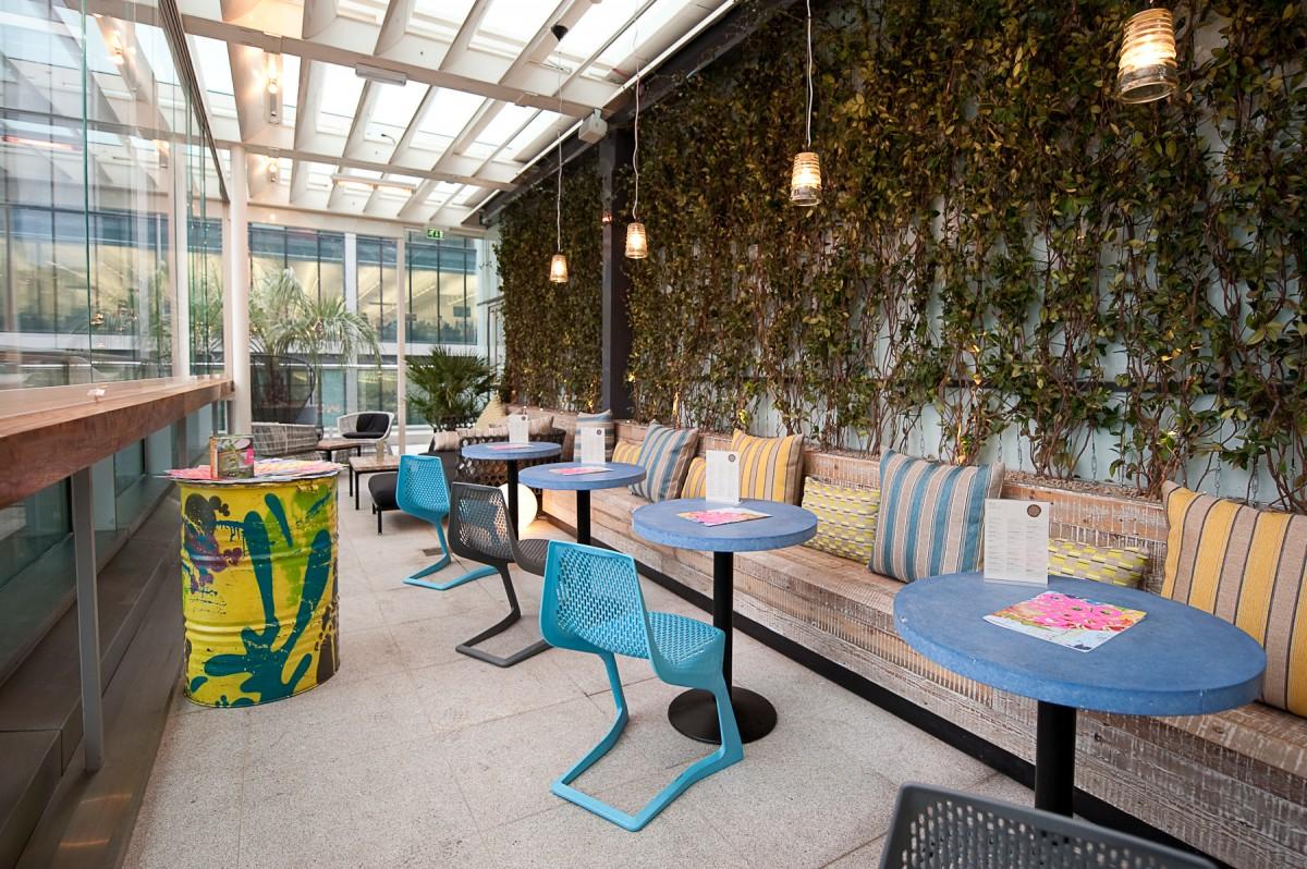 Terrace bar wahaca canary wharf london bar reviews for The terrace restaurant and bar
