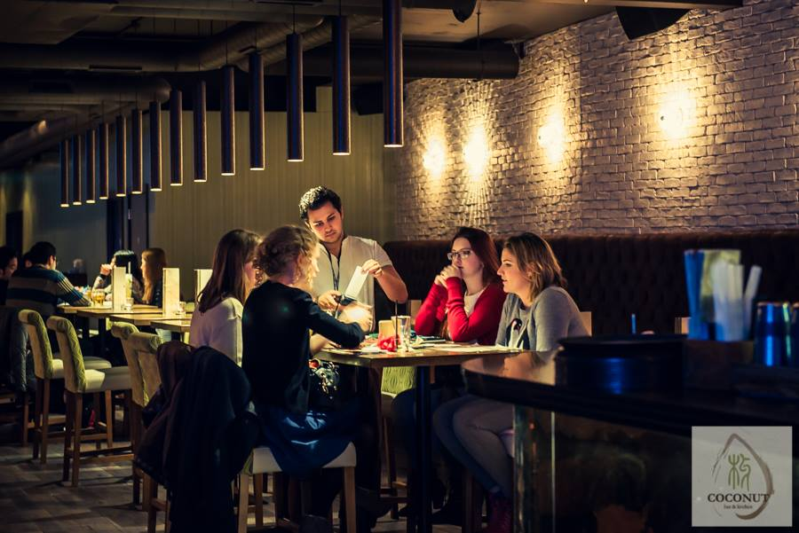 Coconut Bar Amp Kitchen St Mary S Butts Reading Restaurant Bar Reviews Designmynight