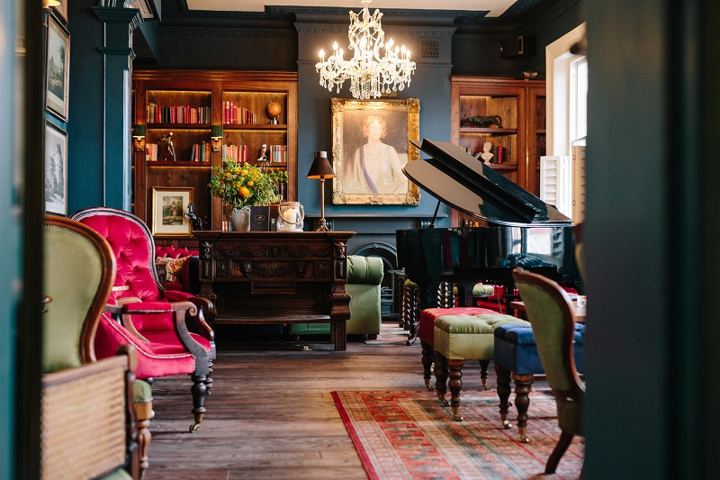 The Bull & Gate Henry VIII meets Blur at swanky gastro in Kentish Town