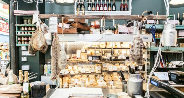 Champagne + Fromage Authentic artisanal bistro brings a fine French flair to Greenwich