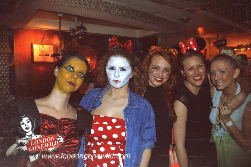 DEADLY DISNEY HALLOWEEN PUB CRAWL