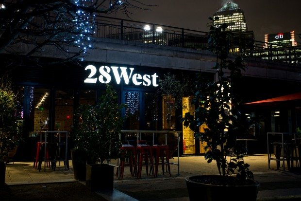 28 West Bar & Grill photo