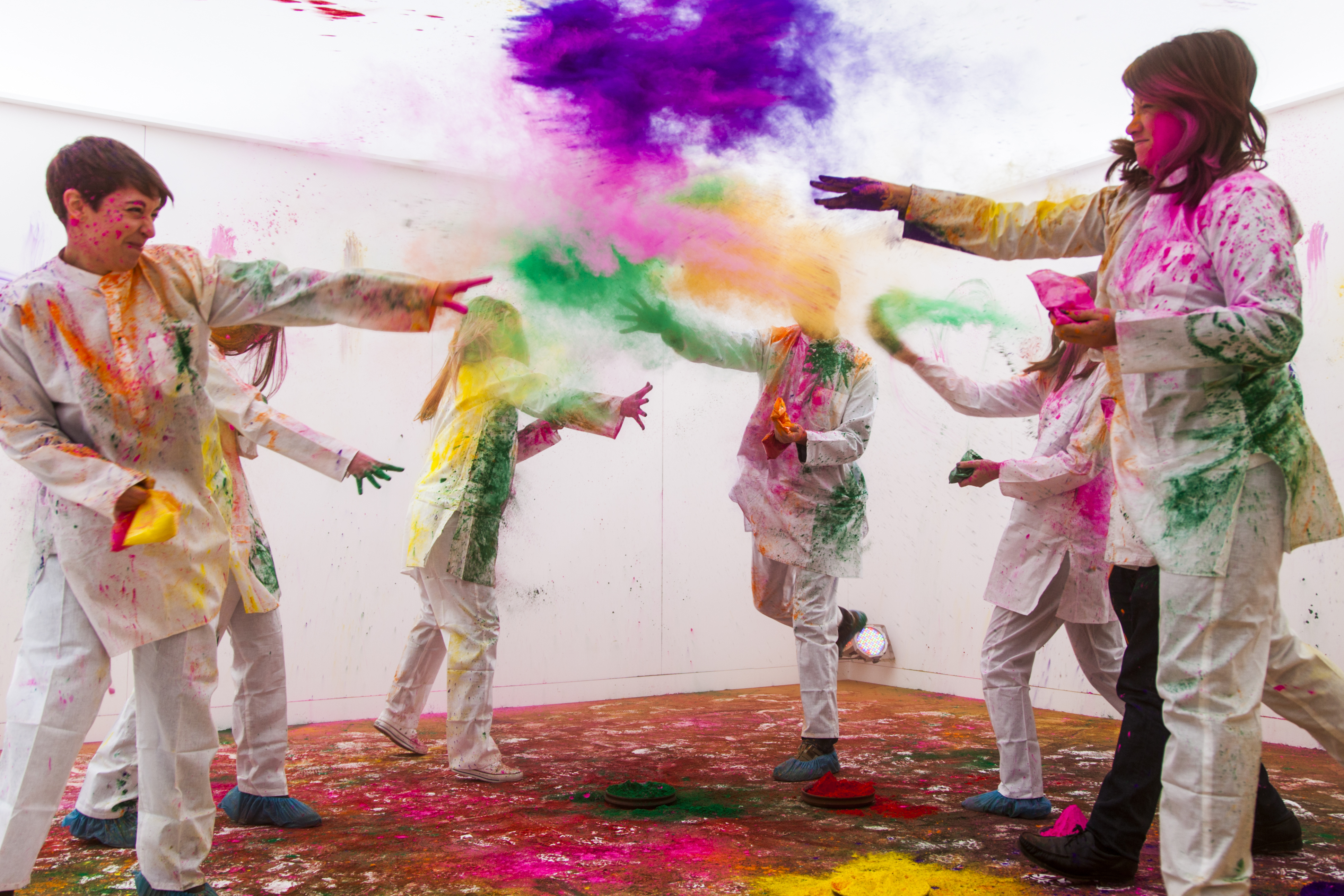 Play Holi in the CITY