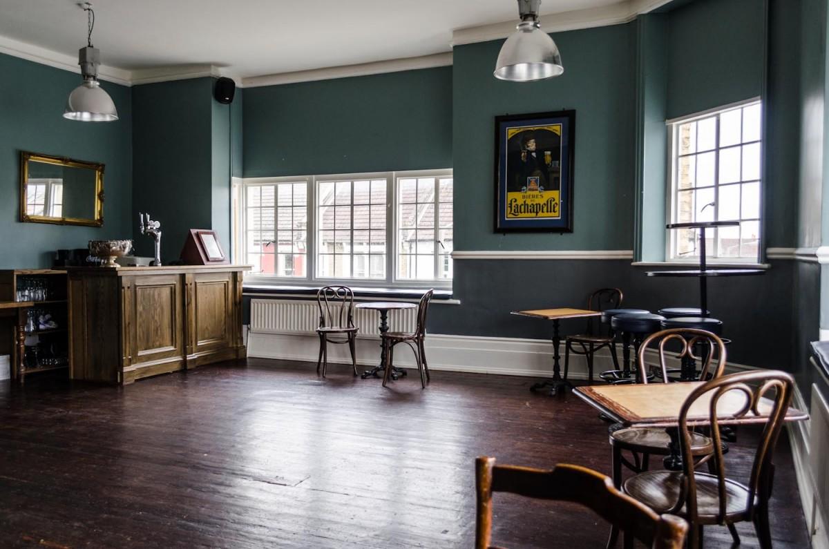 28 Pub Room Pub Dining Room Table Steampunk Pub