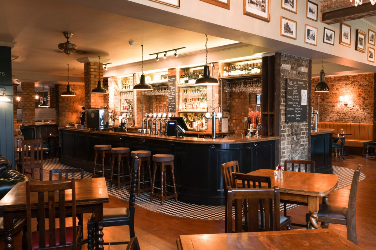 Red Lion Bar And Kitchen