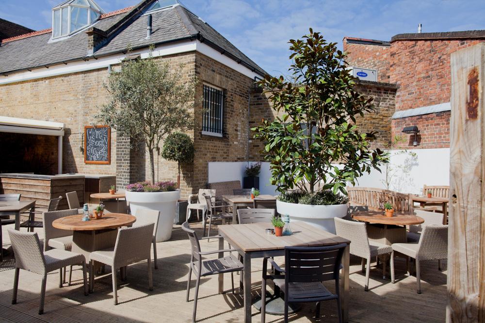 50 Amazing Beer Gardens in London | Drinks In The Sun | DesignMyNight