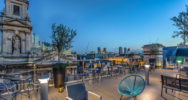 Shoreditch Sky Terrace Sit above the law at the sophisticated & elegant  Shoreditch Sky Terrace