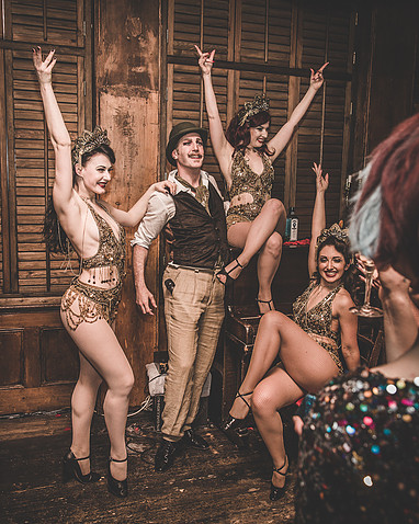 GIN-HOUSE BURLESQUE- VALENTINE'S SPECIAL