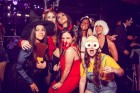 A HALLOWEEN PUB CRAWL WITH FREE PIZZA & SHOTS