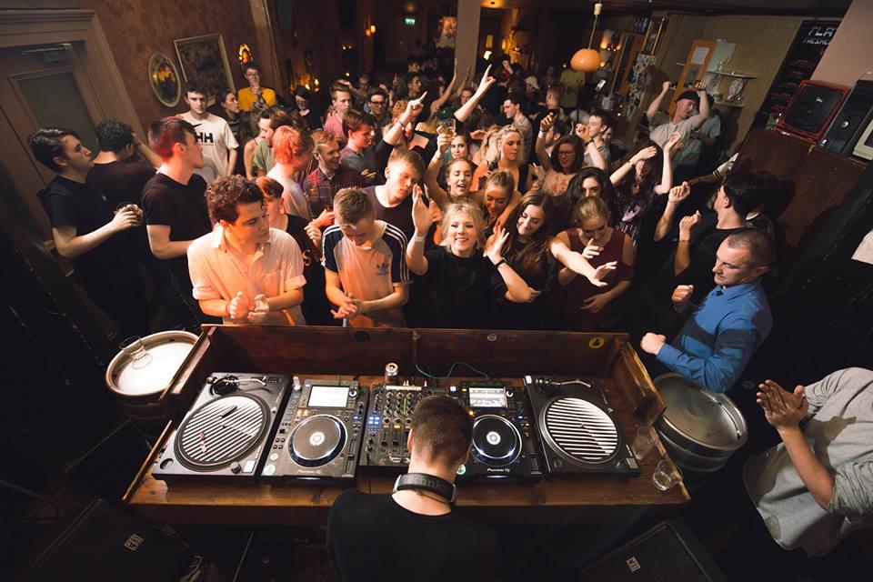 Student Bars Glasgow   Best Student Bars in Glasgow ...