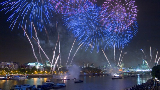 Where To Watch New Year S Eve Fireworks In London London