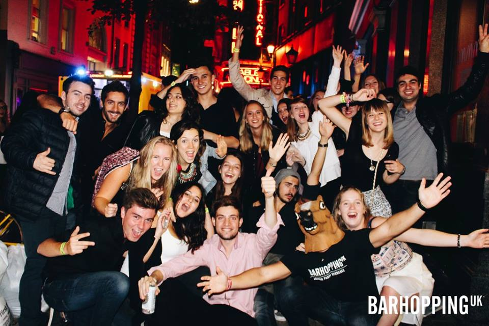 London Student Night Pub Crawl - Drink & Shots Included!