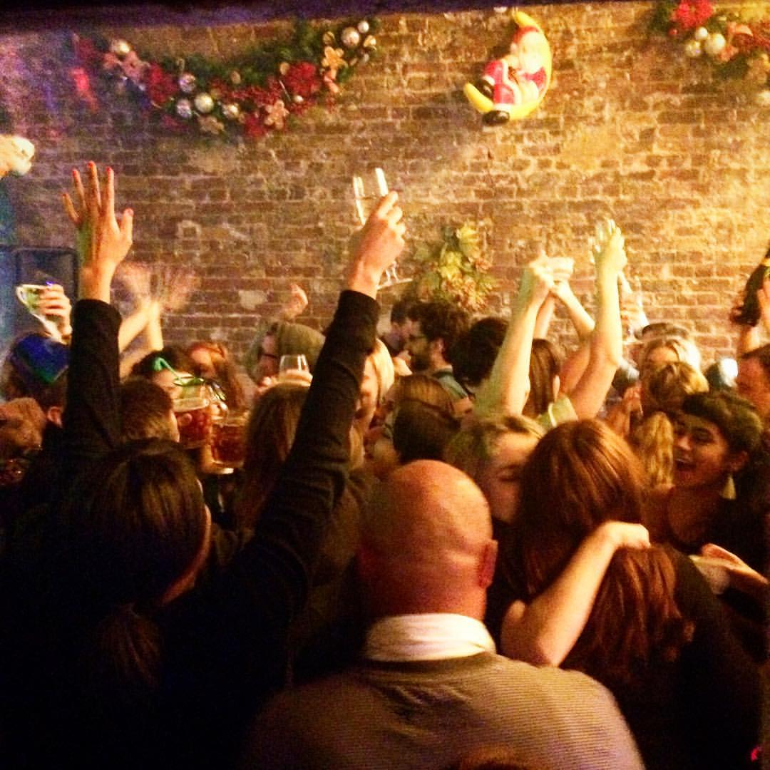The Deptford Sing-a-long Christmas Bottomless Boozy Brunch Party!