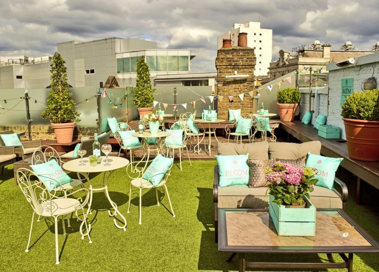 Rooftop midsummer party the broadway house london for Whats a terrace house