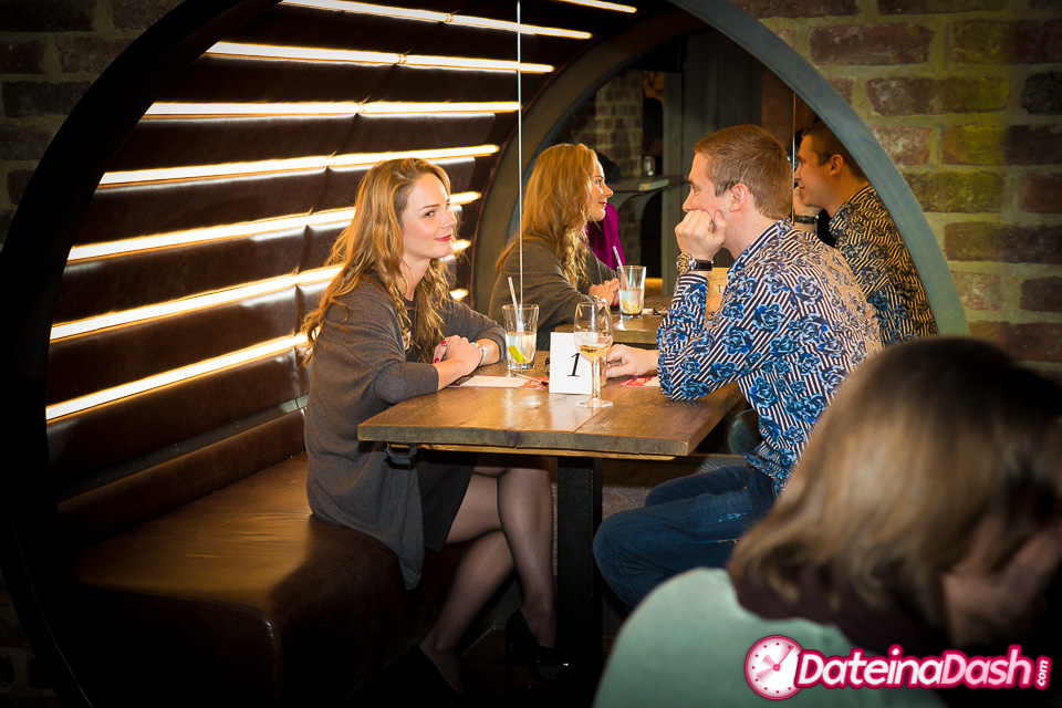 Speed Dating in the City (Ages 32-44)