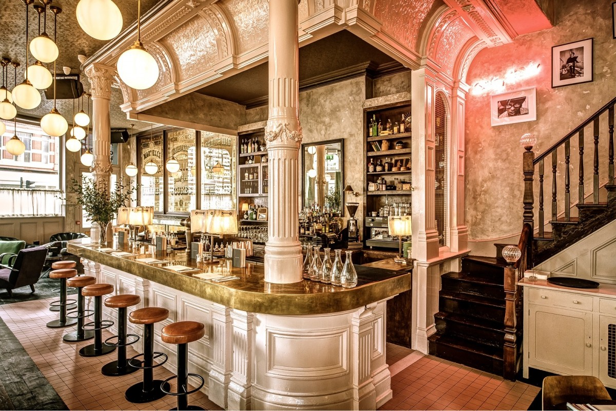 London 39 s oldest pubs historical pubs in london for Shoreditch interior design