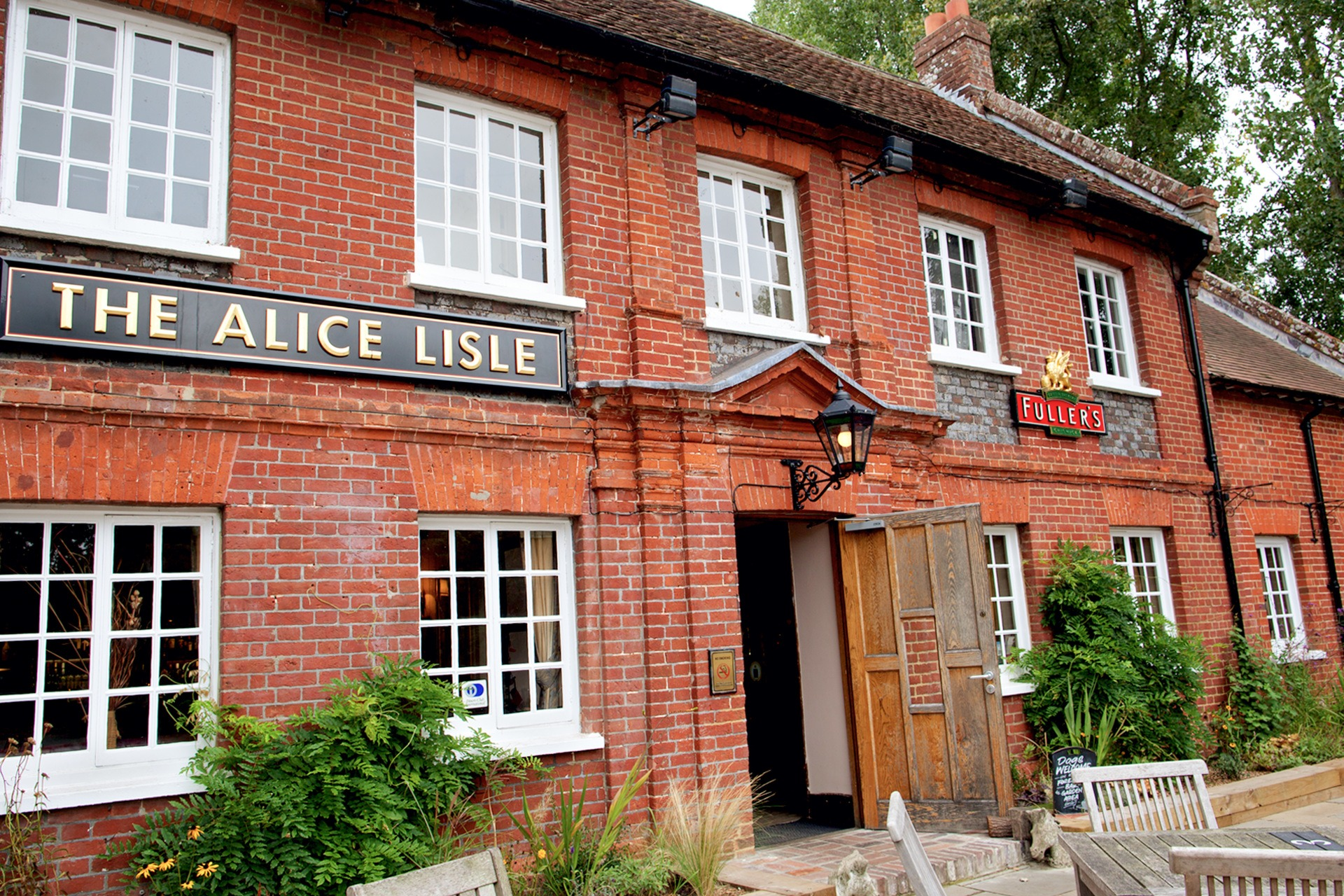 The Alice Lisle, Ringwood - Merry Wives of Windsor