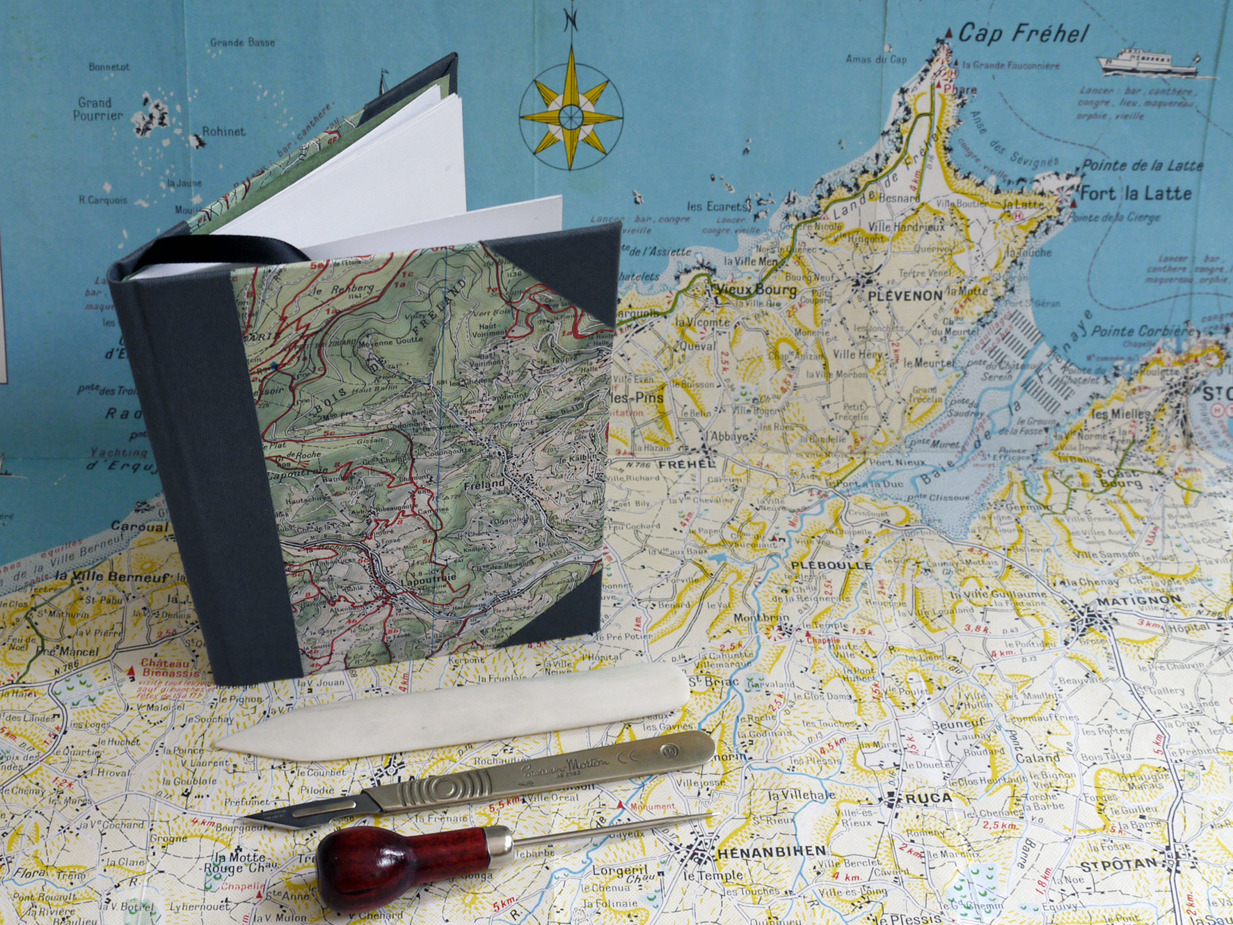 Bookbinding with Maps