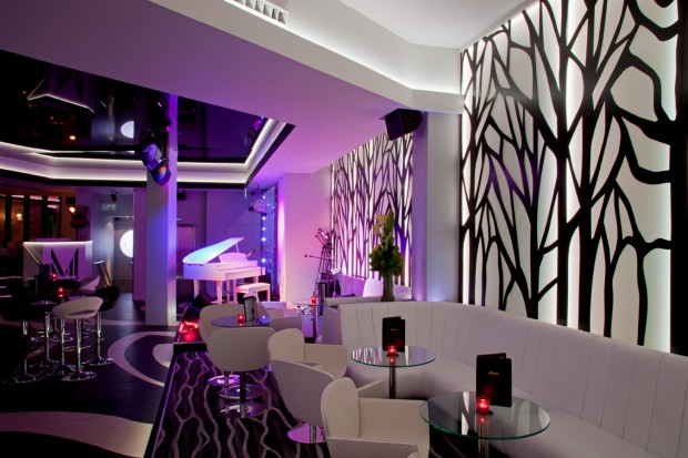 M Live Lounge & Nightclub photo