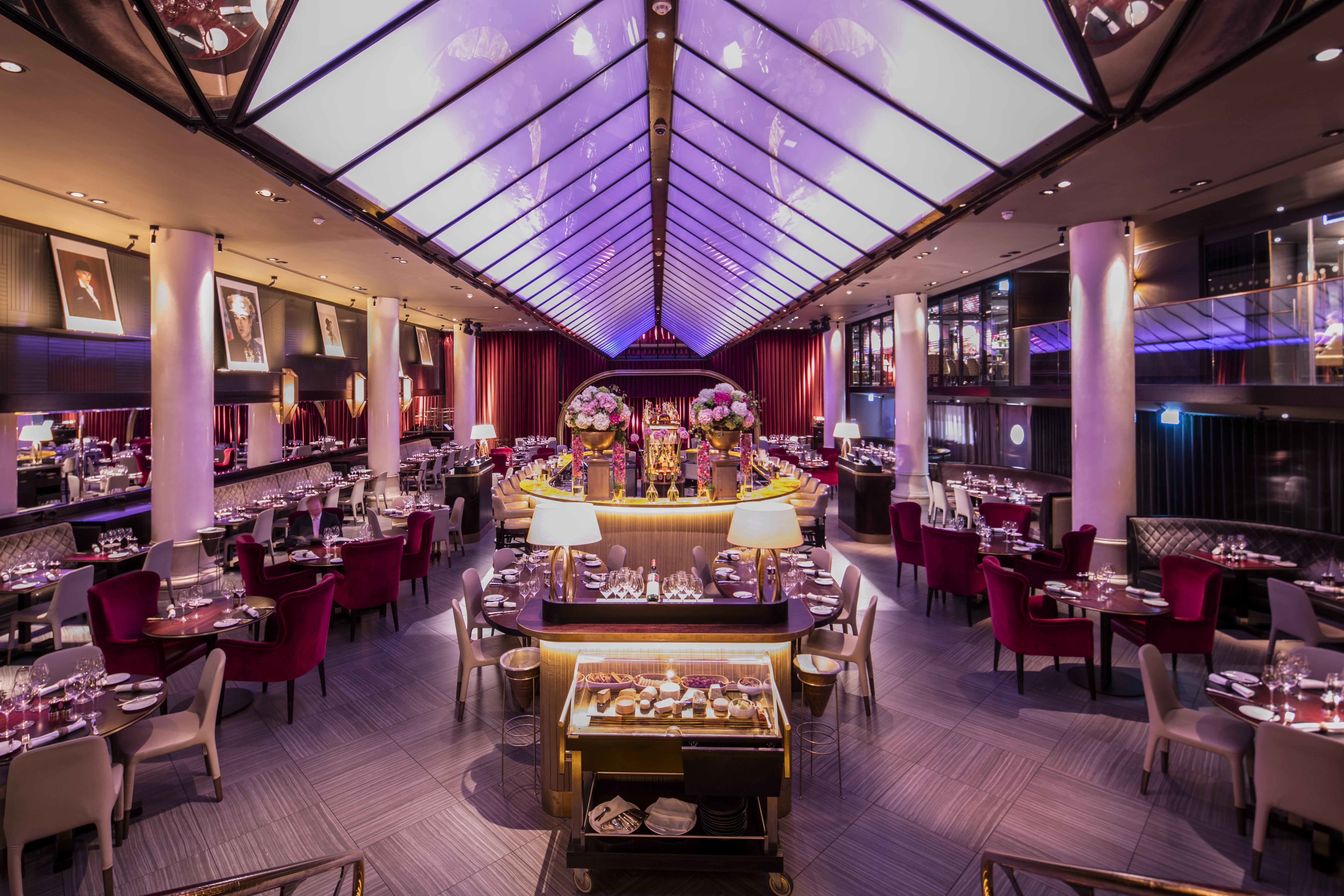 Restaurant Review: Quaglinos picture