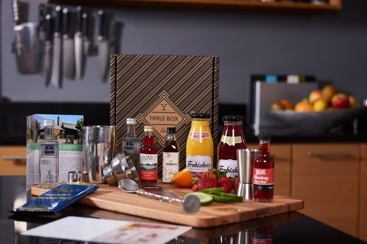 Cocktails at home with Tipplebox