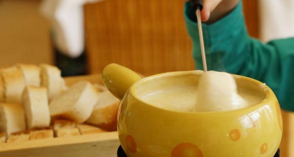 walluc bistrot best fondue in london winter