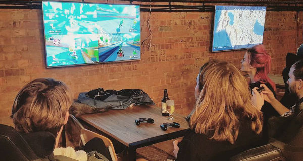 C:\ Side Quest Gaming Bar Opens On The Beachfront