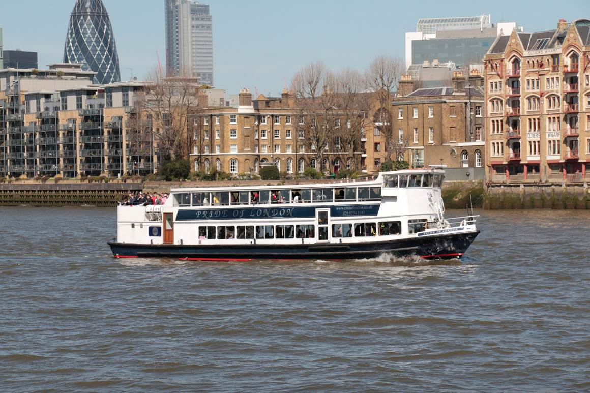 Christmas Boat Party London.Christmas Boat Party Cruise London Boat Party Reviews