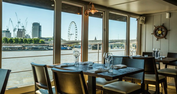 The Yacht London Restaurant Review