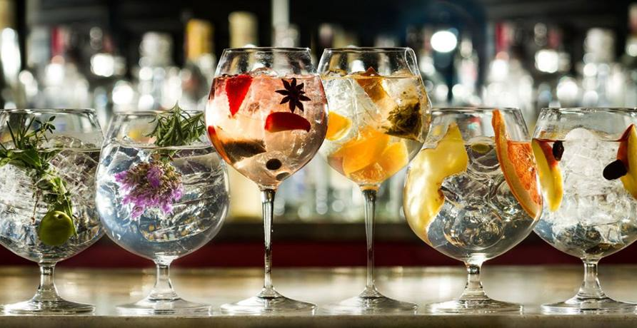 Gin tasting liverpool lunya liverpool designmynight for Best mixers for gin