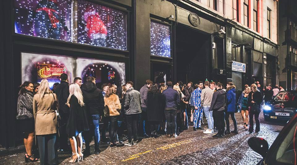 Tingle Shooter Bar Mitchell Street | Glasgow Bar Reviews | DesignMyNight