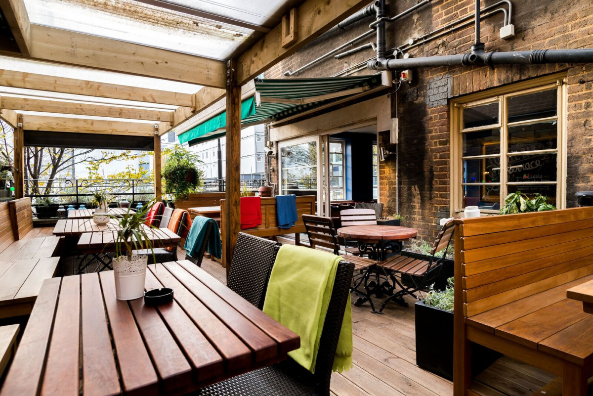 Carpenters Arms Fitzrovia London Pub Reviews Designmynight
