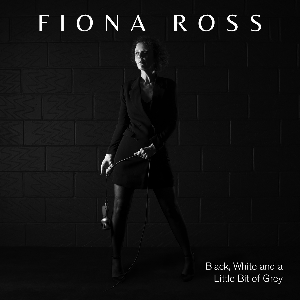 FIONA ROSS 'FIERCE AND NON-COMPLIANT' ALBUM TOUR