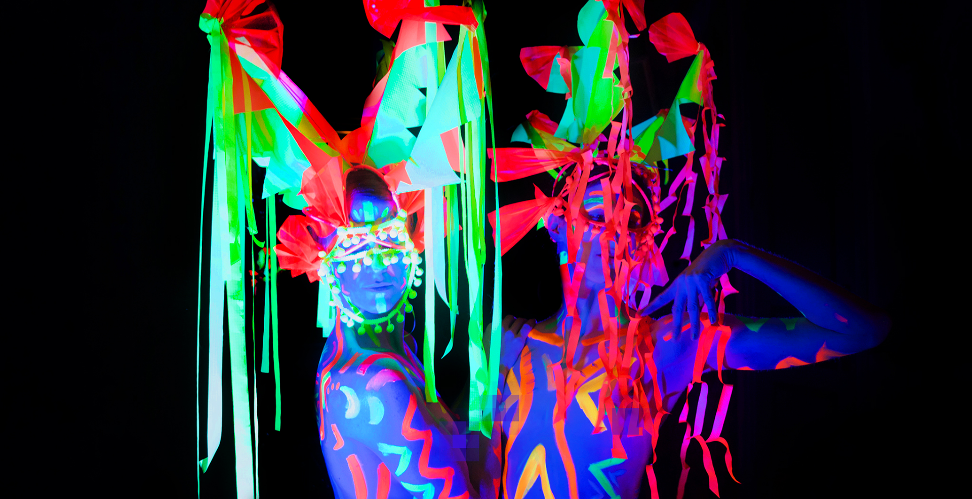 New Years Eve Special Neon Naked Life Drawing @ Drink, Shop & Do!